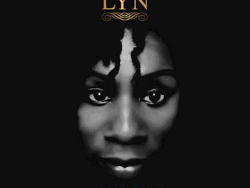 LYN – Debut