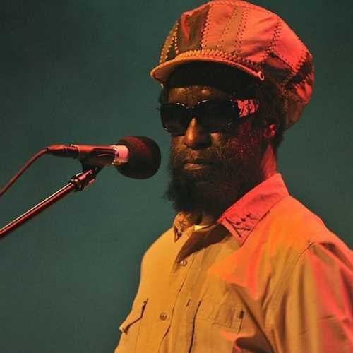 25 Enlightening Minutes with Black Uhuru's Duckie Simpson