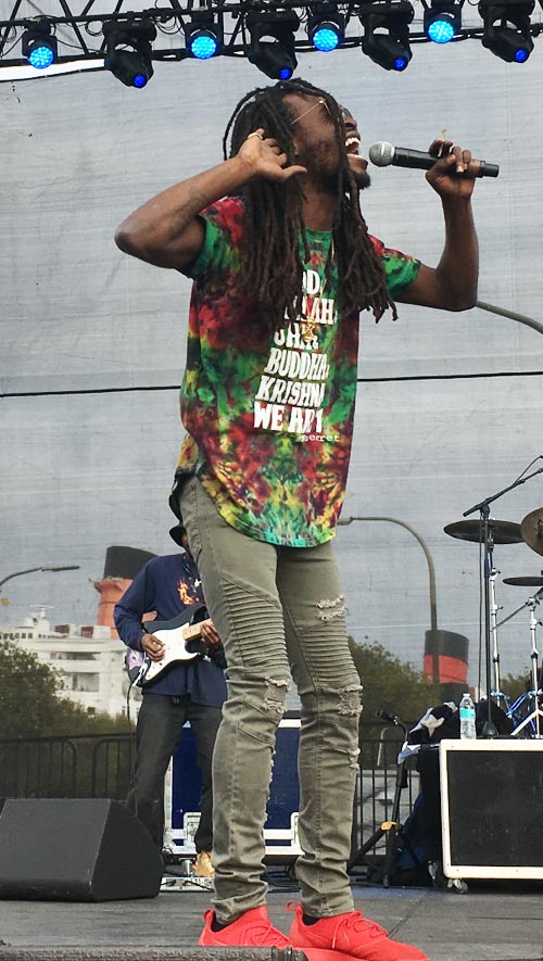 Jesse Royal performing at the 2018 One Love Cali Reggae Festival, Long Beach CA | Photo: Stephen A. Cooper