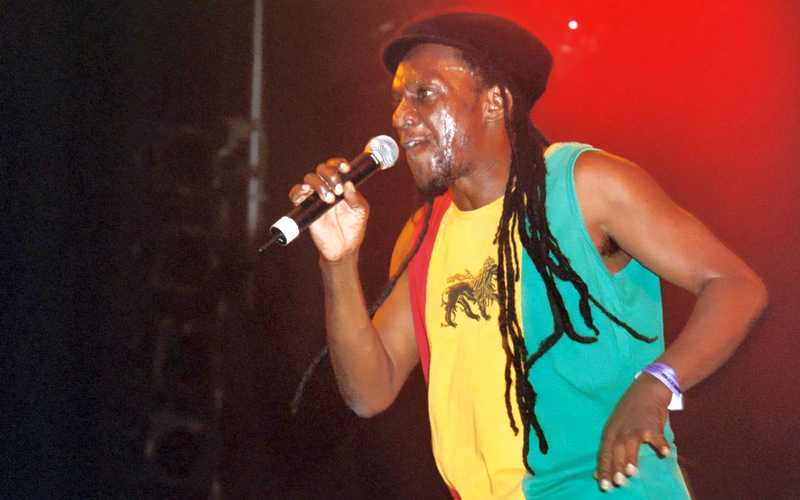 Linval Thompson at Reggae Geel 2006 (Photo: Teacher)