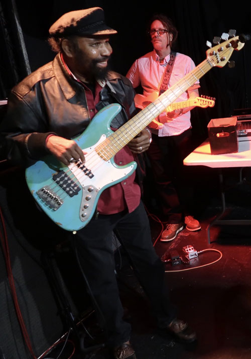 Fully Fullwood during sound check at Dub Club in Los Angeles (Photo: Stephen Cooper)