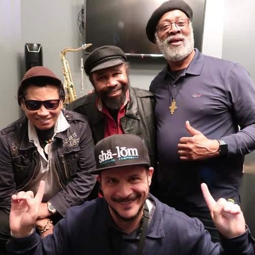 Writer Stephen Cooper w/ Tony Chin, Fully Fullwood & Santa Davis, backstage at the Dub Club in LA (photo Stephen Cooper)