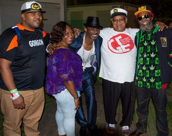 Bunny Lee with Sanchez and others - Reggae Geel 2014 (Photo: Teacher)